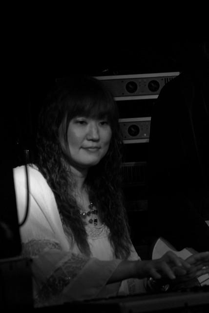 O.E. Gallagher live at Crawdaddy Club, Tokyo, 15 Jun 2013. 352
