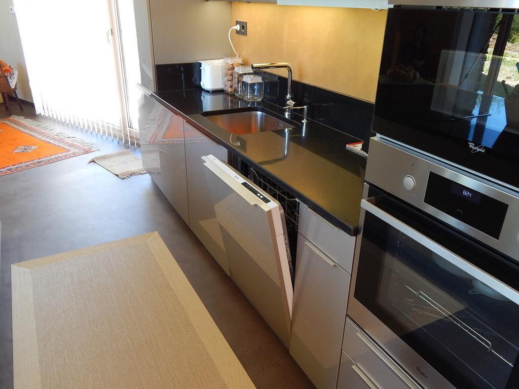 Mi casa decoracion cocinas islas for Construir isla cocina