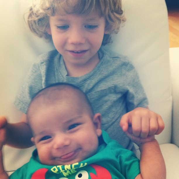 Finn and baby cousin Oliver got a little snuggly yesterday. @jenncastilloux @alexrluna
