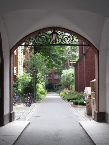 Sankt Bonifatius courtyard
