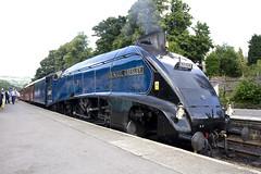 ノースヨークシャー・ムーアズ鉄道で蒸気機関車に出会う