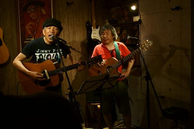 春日善光 live at 楽や, Tokyo, 16 Aug 2013. 044