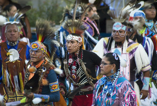 Grand Entry Dancers 6