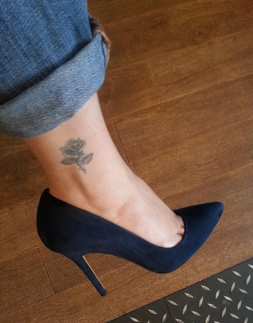 rose-tattoo-whistles-french-75-stiletto-navy