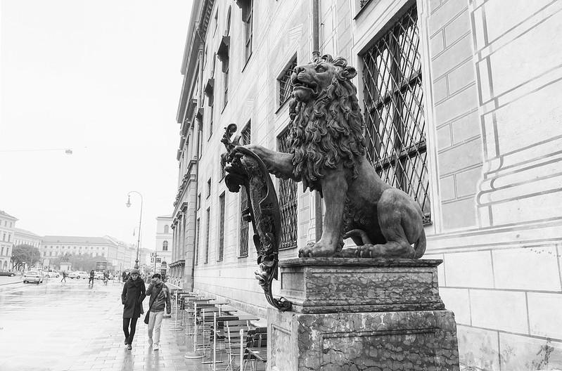 Lions before Kaiserhof - Munich, Germany