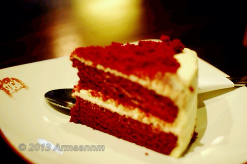 Red Velvet 2.0 with bokeh
