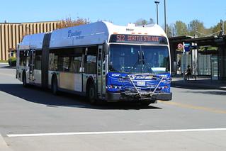ST Express 9554-C at Lynnwood TC
