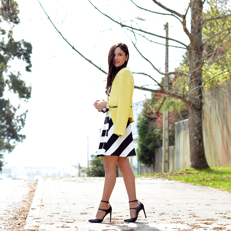 zara_outfot_yellow_chaqueta_amarillo_como combinar_rayas_striped_axparis_02