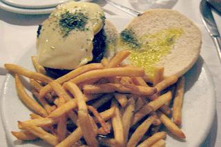 http://hojeconhecemos.blogspot.com.es/2011/04/do-alfredos-barbacoa-madrid-espanha.html