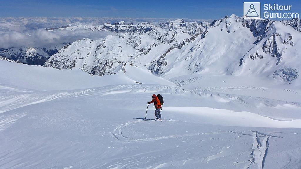 Diechterhorn, Urner Alpen:http://skitourguru.com/oblast/23-urner-alpen, Haute Route Swiss Glacier, Switzerland