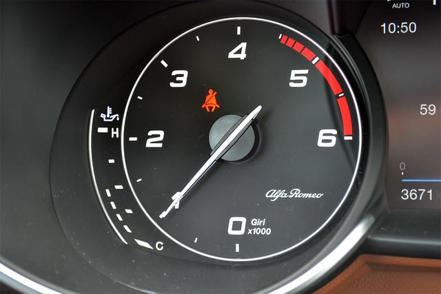 New Alfa Romeo Giulia 2.2 180hp