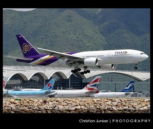 B772 - Boeing 777-2D7