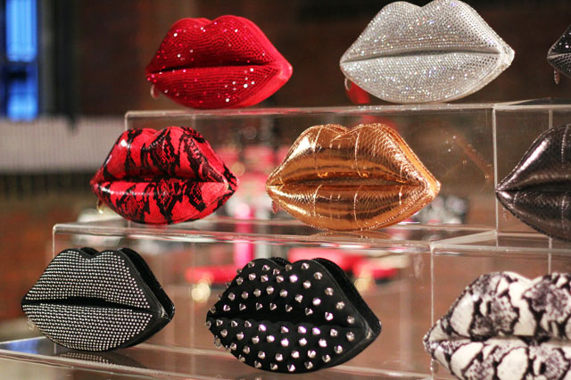 lulu guinness aw12 lips clutch