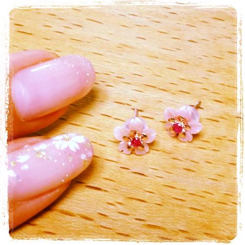 pierced earring_sakura