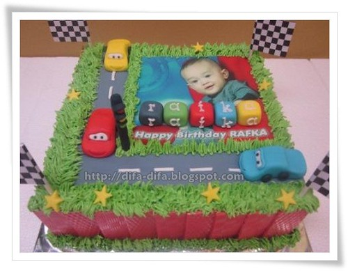 The Cars by DiFa Cakes