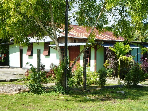 Papoua13-Biak- Ville-Rues (5)1