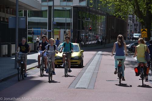 Rotterdam street scenes-76