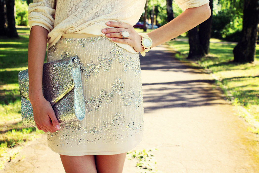 glitter clutch, cocktail ring