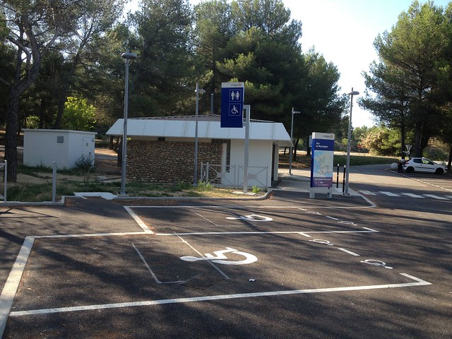 Aire De Stationnement Camping Car  E A Baris