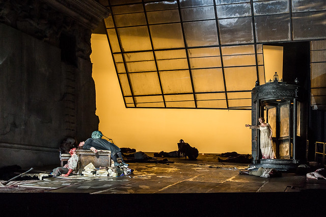 Artists of The Royal Opera in Elektra © ROH / Clive Barda 2013