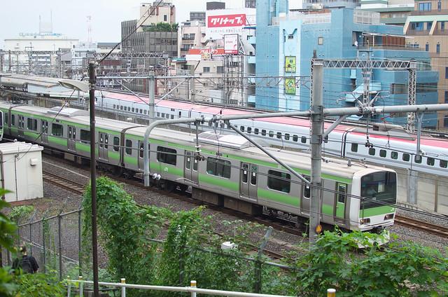 Tokyo Train Story 山手線とスーパーこまち 2013年10月6日