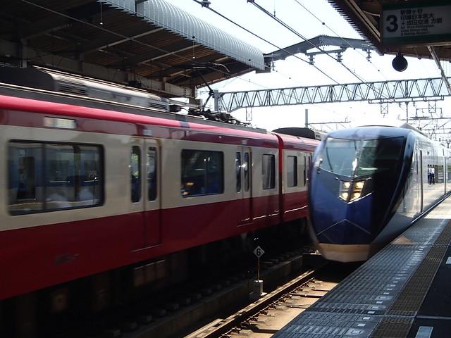 京急 京成 二公司火車 同時撮影 - naniyuutorimannen - 您说什么!