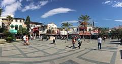 В это время года туристов нет. Отели закрылись. Лучшее время слиться с местным населением и посмотреть на их быт. #калечи #kaleiçi #kaleici #antalya #turkey #turkish #красиво #путешествие #trip #instatrip  #instatrips #осень #солнце  #летопродолжается #по