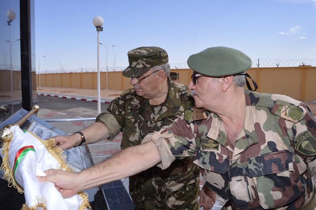 الجزائر : صلاحيات نائب وزير الدفاع الوطني - صفحة 4 30777498205_4a68d2a23f_o