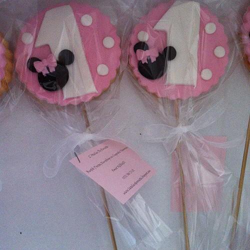 Minnie Mouse 1 yaş doğumgünü kurabiyeleri by l'atelier de ronitte