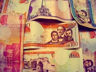 Dominican Money