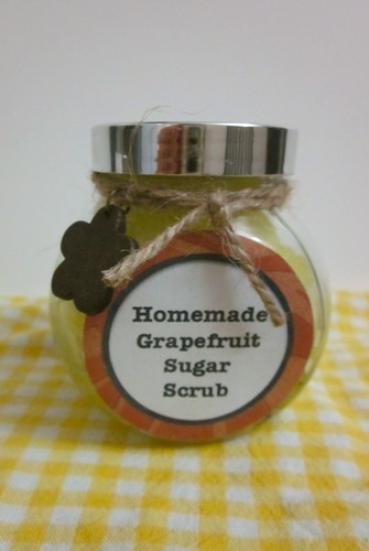 Homemade Grapefruit Sugar Scrub