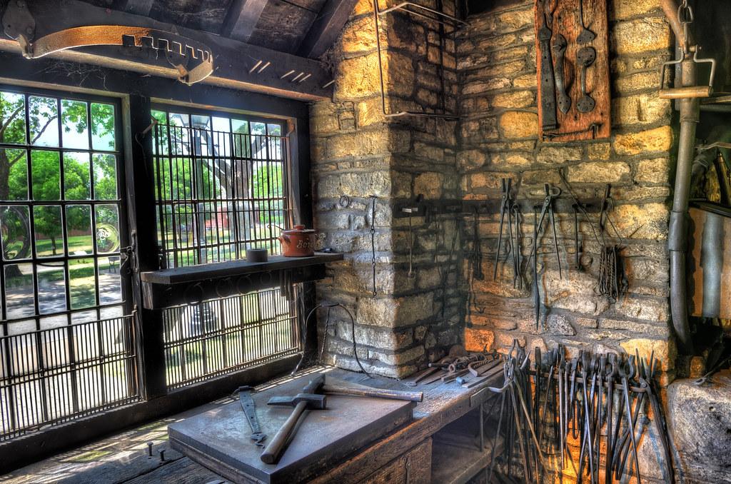 Inside the blacksmith's shop / 古老的打鐵舖內