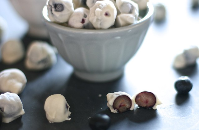 Yogurt Covered Blueberries | The Hungry Housewife