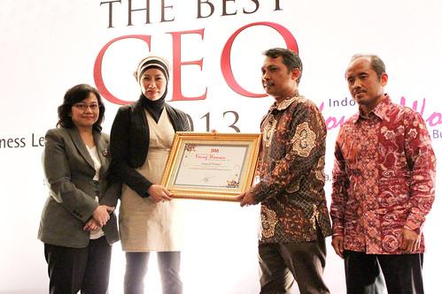 Indonesia Young Women Future Leader 2013: Endang Sri M. Ratiyo.