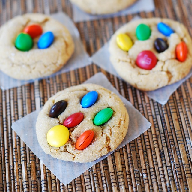 peanut butter cookies with M&M