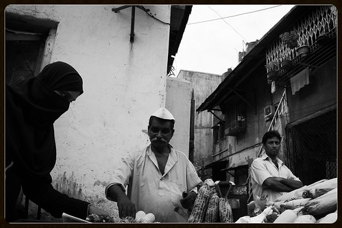 A Typical Street Scene Shot By Marziya Shakir 4 Year Old by firoze shakir photographerno1