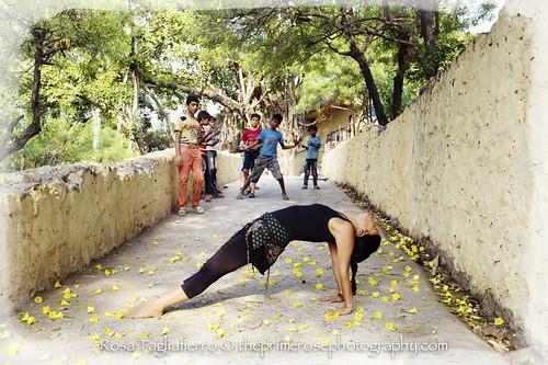 Yoga-photos-Millette-Nunez-theprimerose-photography-by-Rosa-Tagliafierro-Rishikesh-India-39