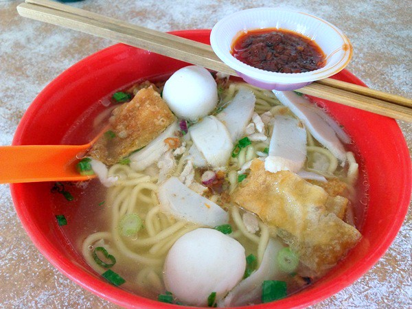 juat lye Melaka - good curry laksa-002