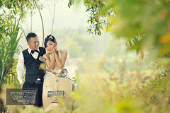 Pre Wedding Photoshoot n Engagement Photography w Vintage Vespa in Jogja Indonesia