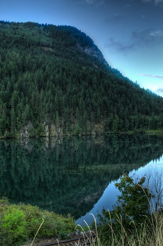 reflection mirror spruce hdr selkirkmountains selkirks kootenayriver selkirkloop