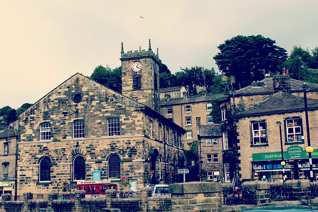 holmfirth_church_and_shops