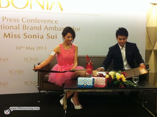 Sonia Sui bonia press conference