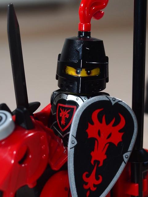 P9205625  LEGO 70402