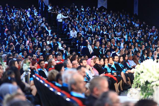 Üsküdar Üniversitesi 2015 ön lisans ve yüksek lisans mezunlarını verdi 3