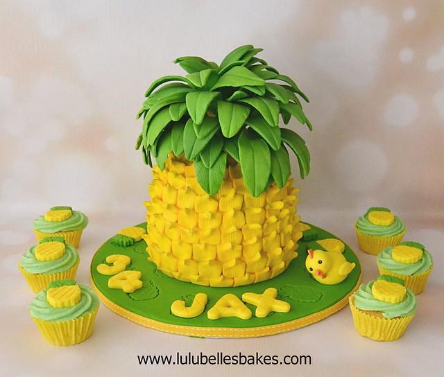 Cake by Lyndsay McEwan of Lulubelle's Bakes