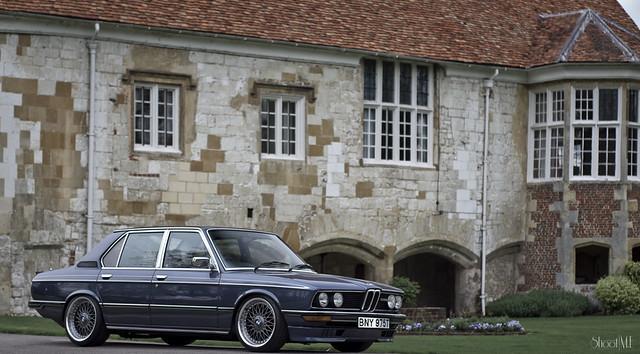 Ian's BMW E12