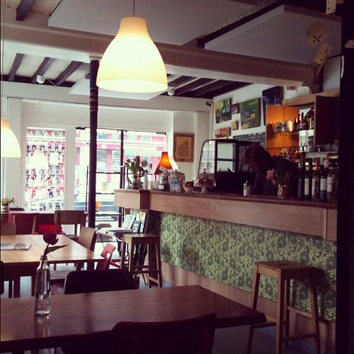 Le Café perdu by la casa a pois