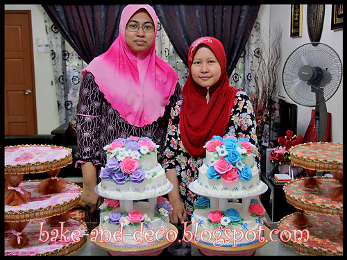 Combo: 3 Tier Buttercream Wedding Cake + DIY Cake Stand - 29 Feb 2012