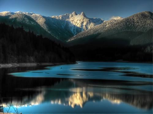 b canada mountains vancouver columbia british capilanolake hdr thelions capilanoriverregionalpark