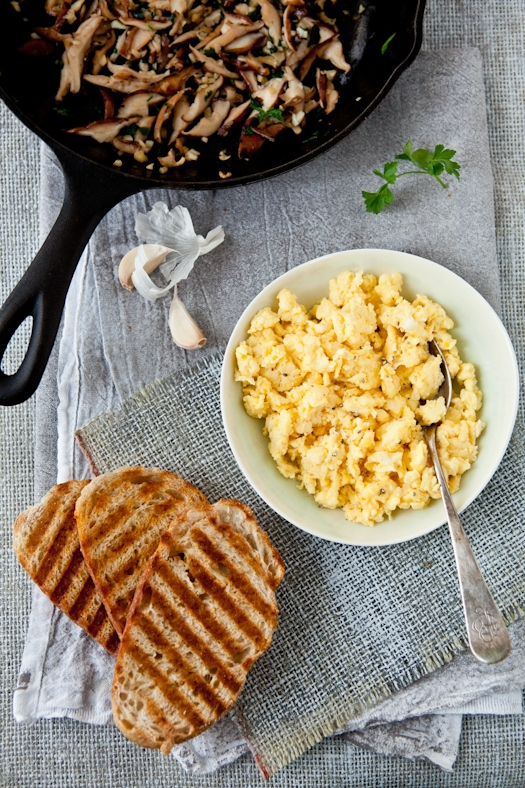 Scrambled Egg Tartines